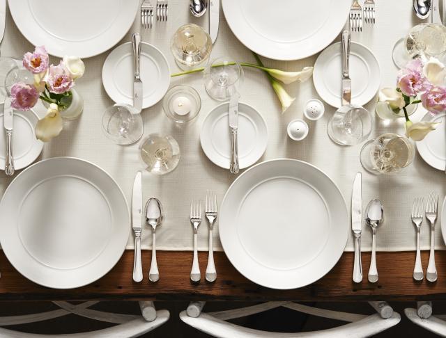 aura-catering-crockery-banquet