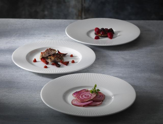 catering-plates-willow