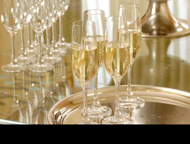 soiree catering glassware
