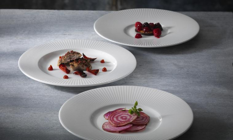 distinction-catering-tableware-willow