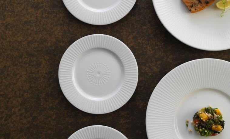 willow-catering-plates